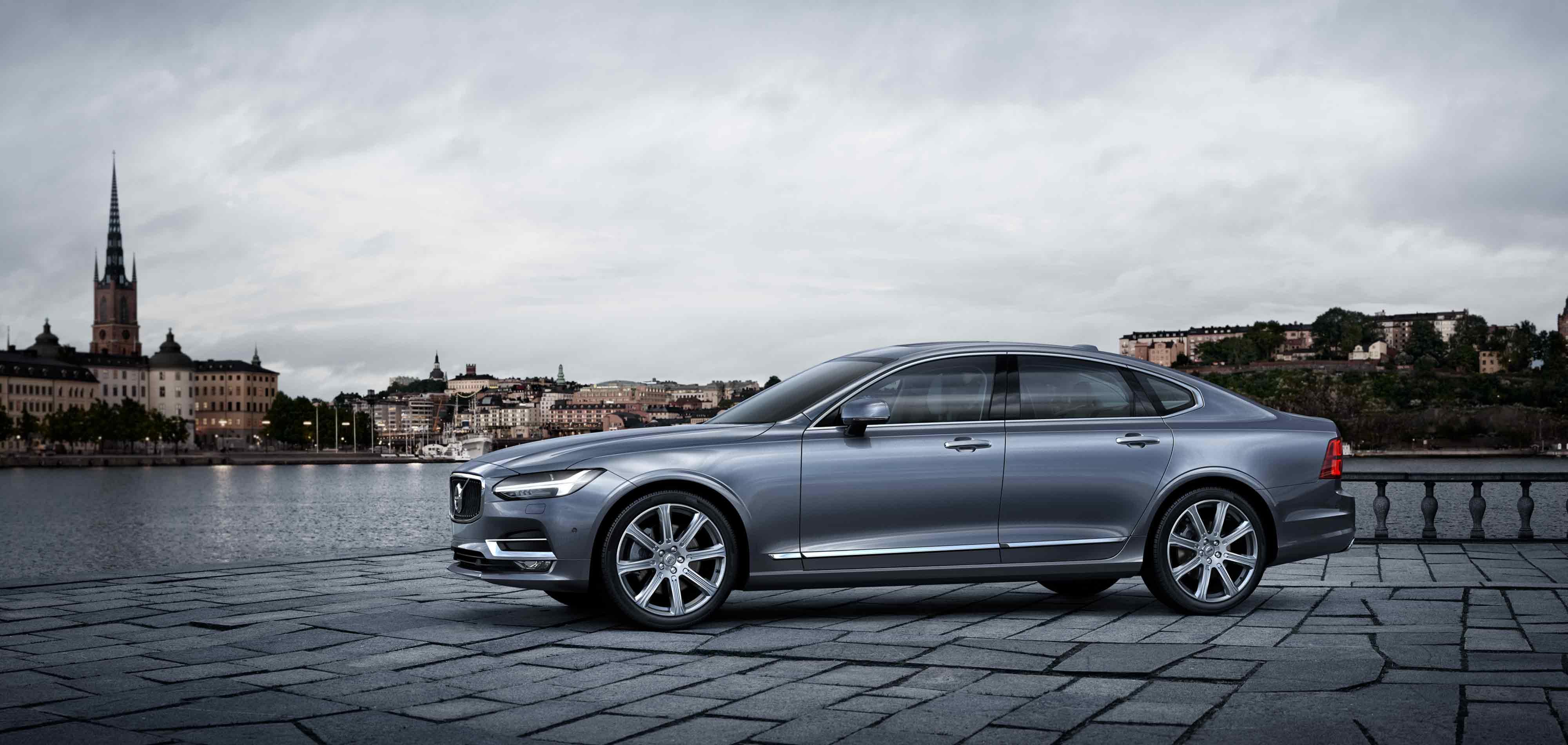 Sommartider - Volvo S90 Elegance