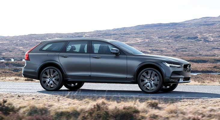 Uus Volvo V90 Cross Country